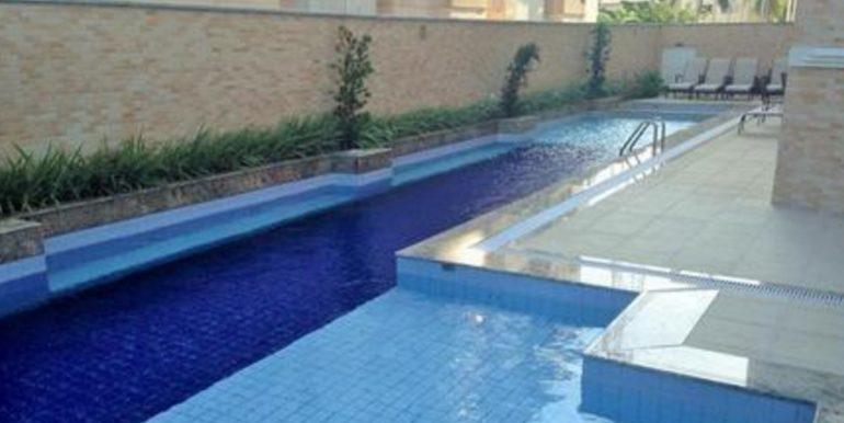 Ed Henriqueta - piscina